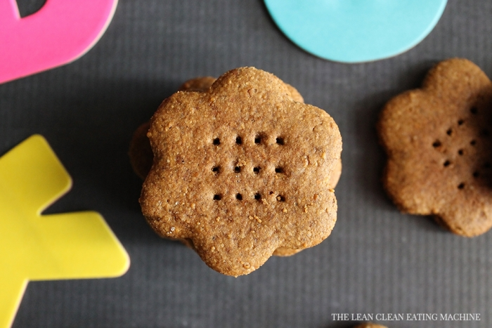 Gluten Free Graham Crackers - The Lean Clean Eating Machine