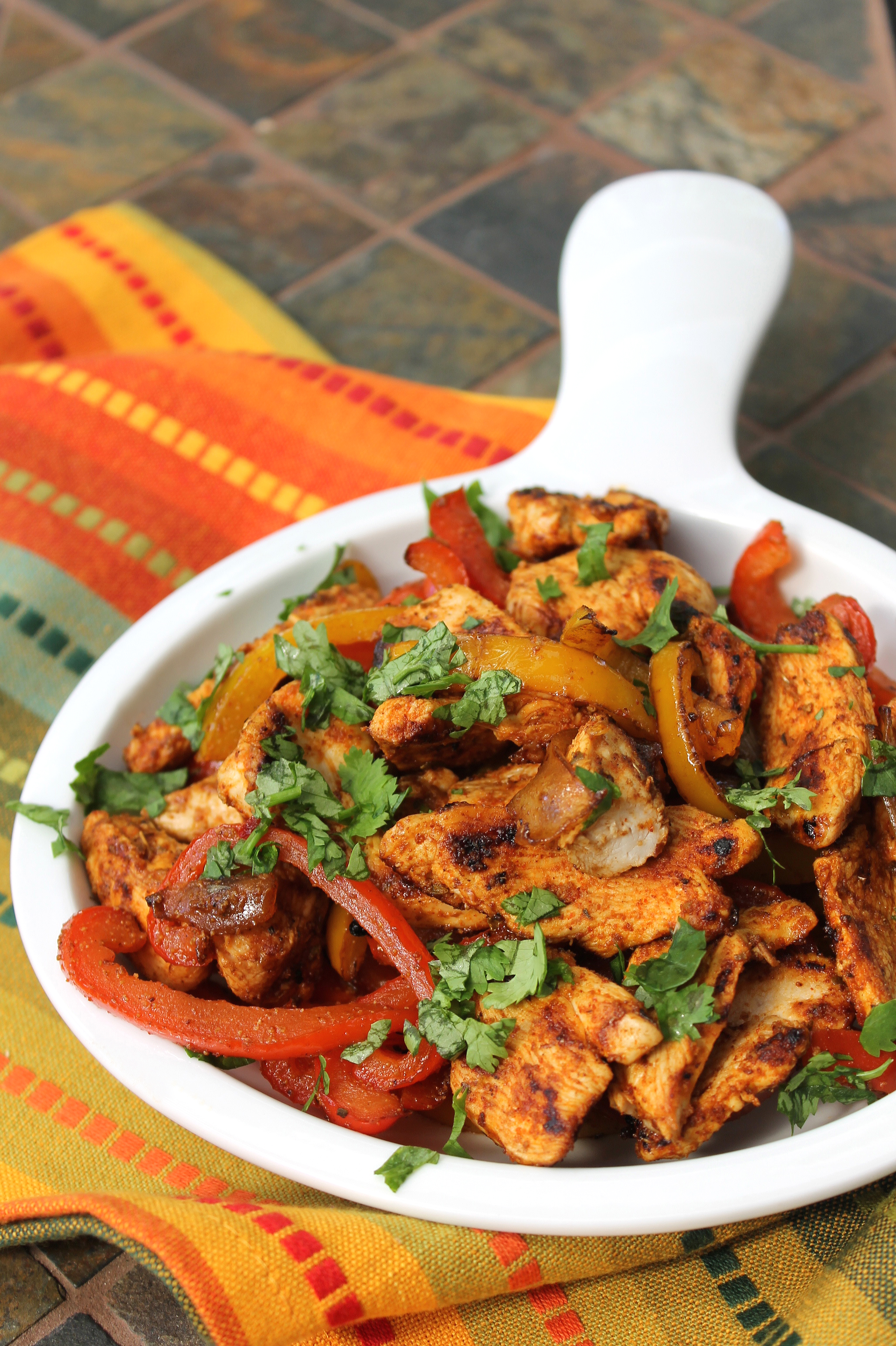 Healthy chicken fajitas and peppers the lean clean eating machine forumfinder Image collections