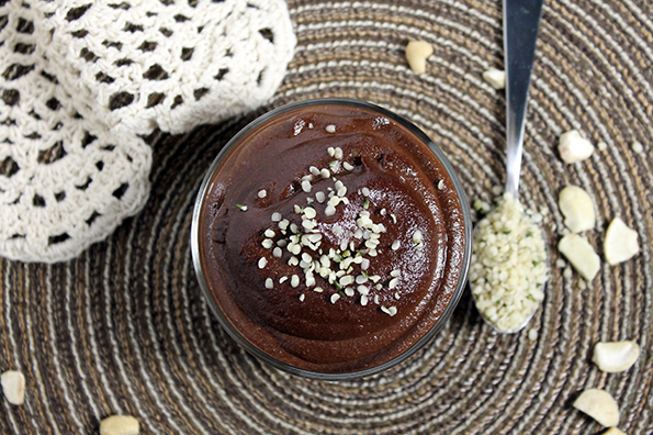 Raw Superfood Chocolate Mousse